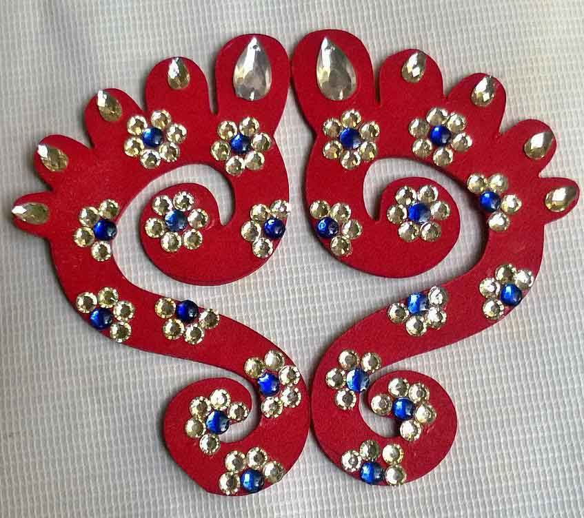 rangoli design from beads and kundan allgyan